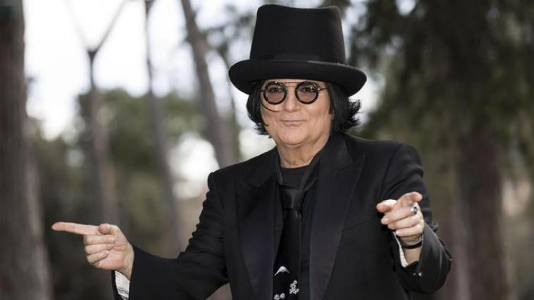 Renato Zero chi è, età, dove e quando è nato, Lucy Morante, Enrica Bonaccorti, figlio, vita privata, quanti dischi ha venduto, biografia e carriera
