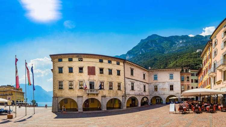 Hotel Portici - Romantik & Wellness - edit_Portici_Panoramica-ok.jpg