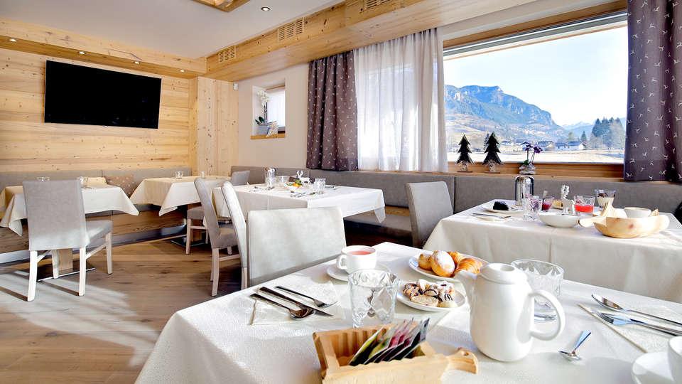 Hotel Garnì Antico Mas Del Medico - Edit_Restaurant2.jpg