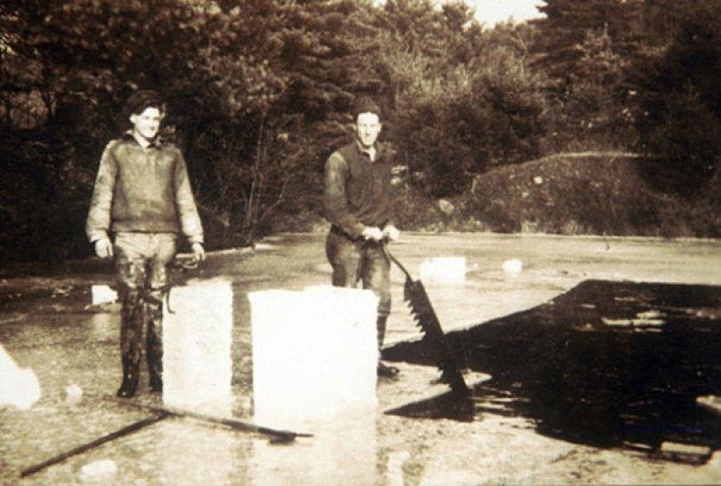 extinct vintage jobs 1 2 - Trabalhos de antigamente que não existem mais