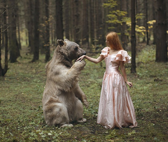 Russian Photographer Takes Stunning Portraits With Real Animals Bored Panda