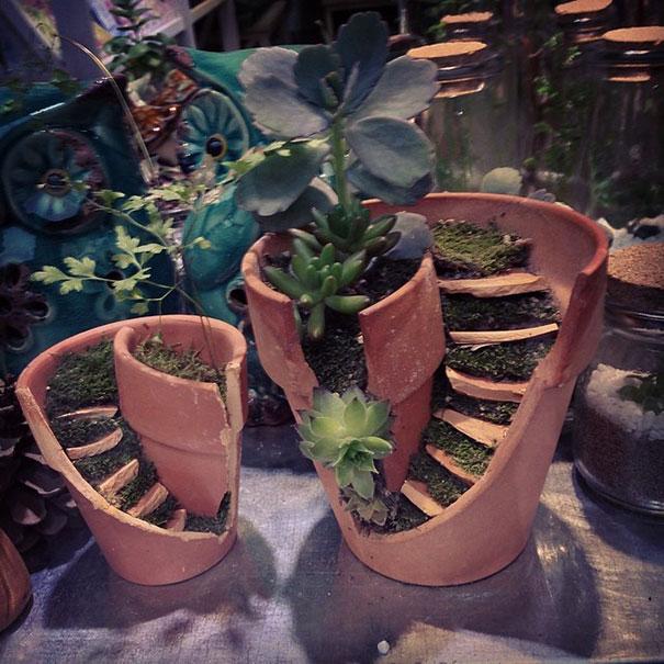broken-pot-fairy-garden-8