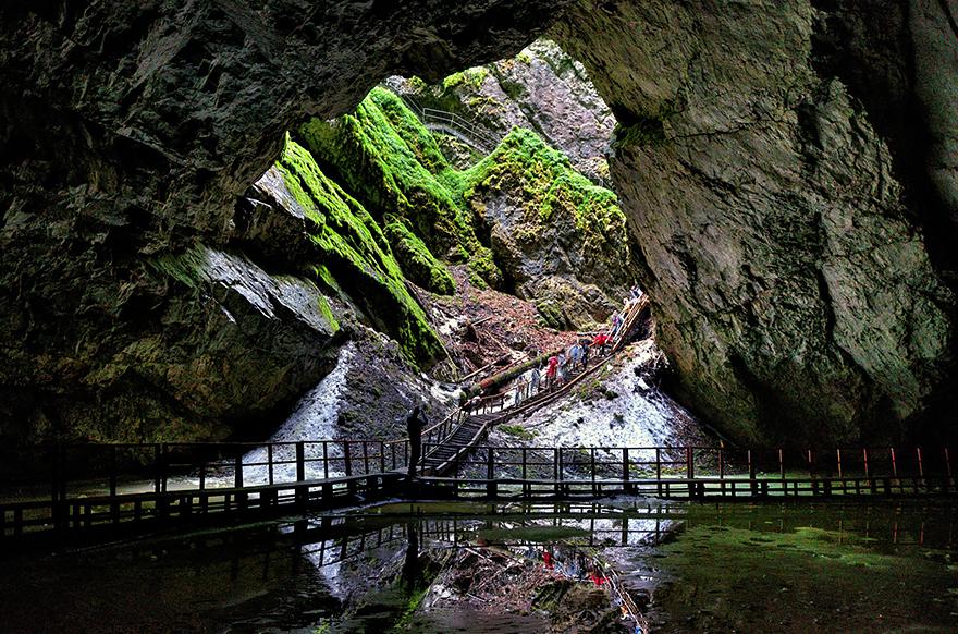 Cave Scarisoara