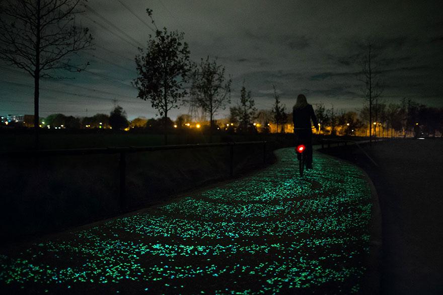 van gogh-étoilé-nuit-brillant-vélo-voie-Daan-roosengaarde-1