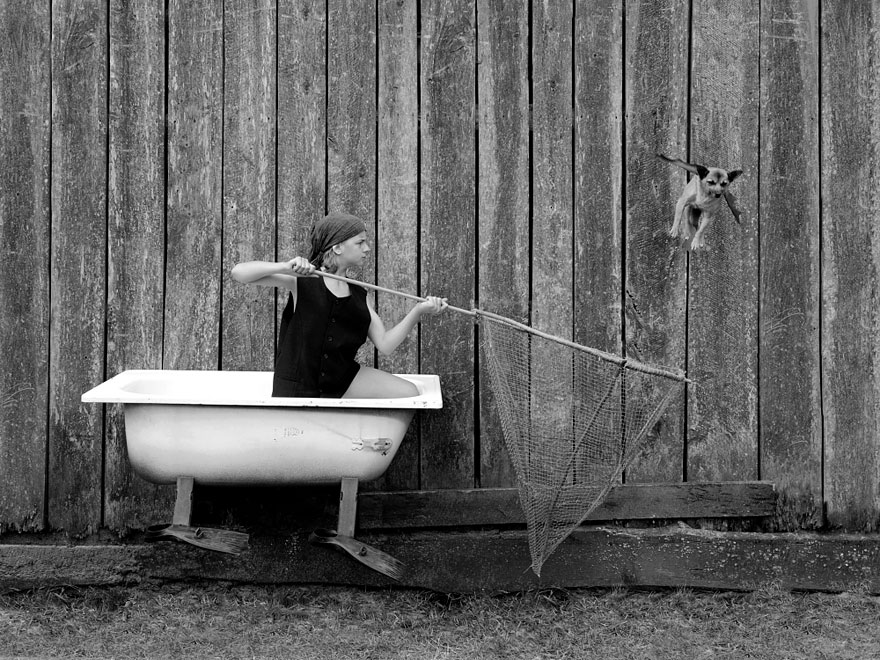 Tales Of The Old Bathtub My Wife And Kids Take Part In Creating Surreal Stories Bored Panda