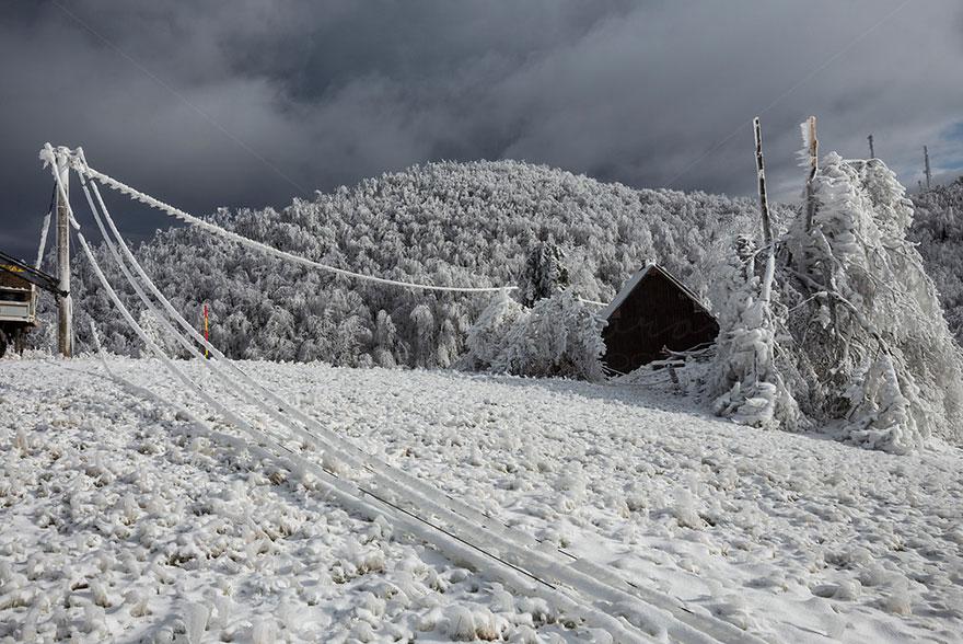 mount-javornik-slovenia-winter-photography-marko-korosec-11