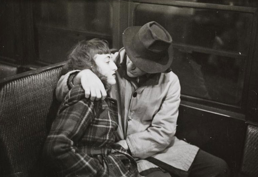 subway-street-photography-love-new-york-stanley-kubrick-10