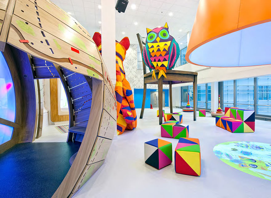 artists-mural-design-royal-london-children-hospital-vital-arts-23