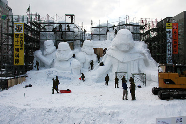 giant-star-wars-snow-sculpture-sapporo-festival-japan-18