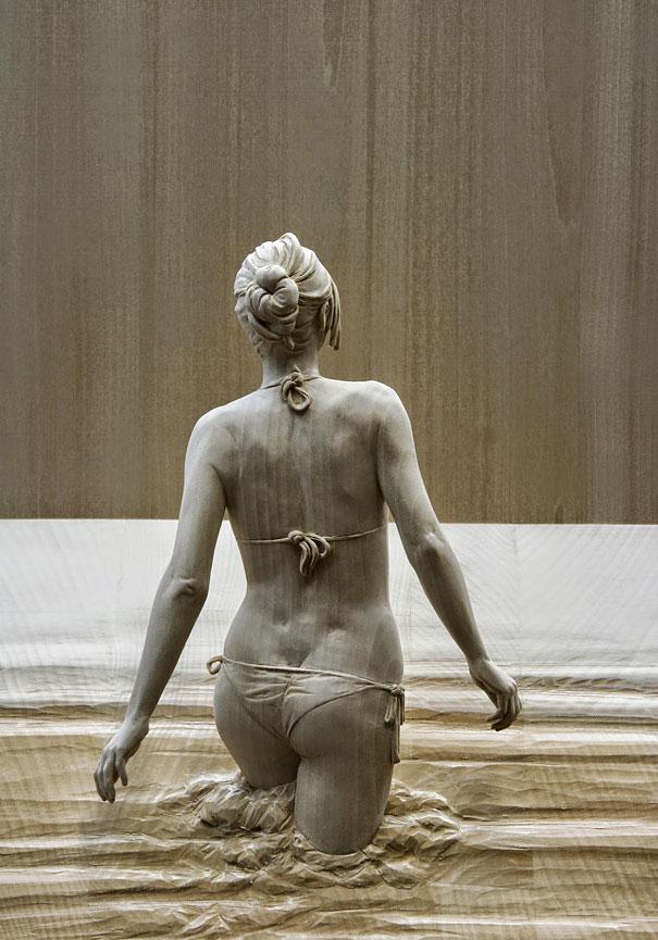 life-like-realistic-wooden-sculptures-peter-demetz-1