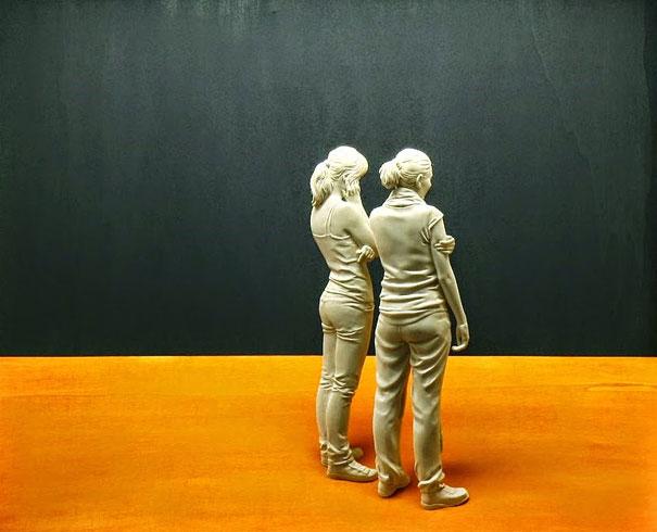 life-like-realistic-wooden-sculptures-peter-demetz-12