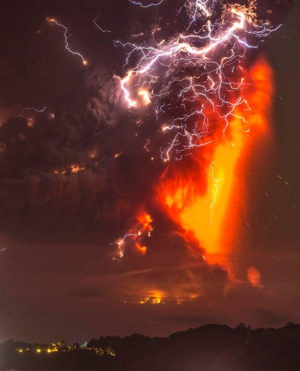 Volcano Eruption In Calbuco, Chile   Bored Panda