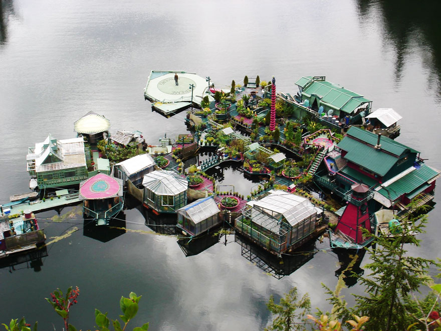 sustainable-home-off-the-grid-freedom-cove-wayne-adams-catherine-king-13