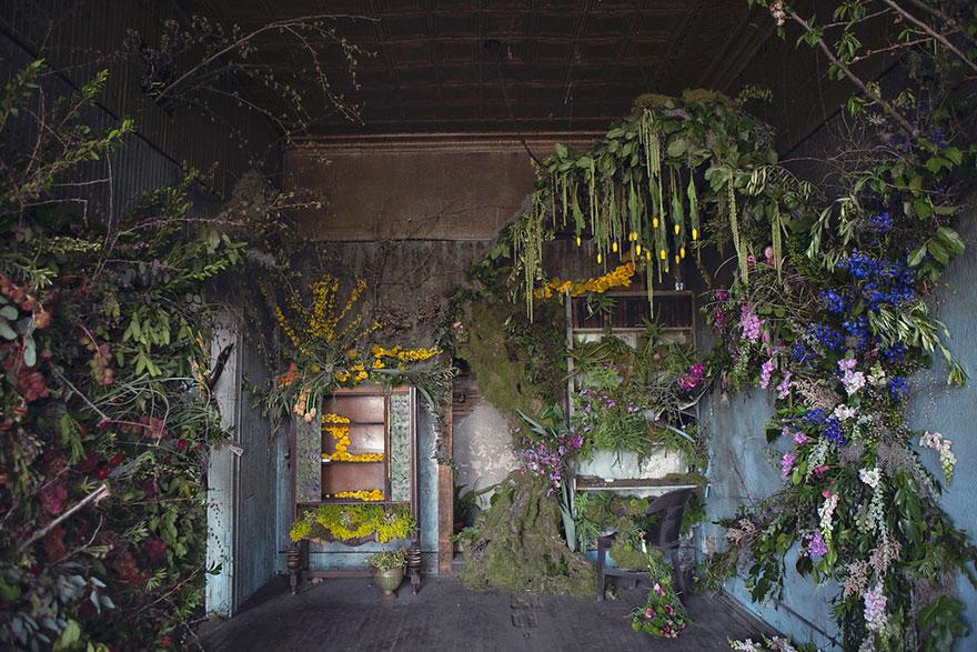 abandoned-flower-garden-house-building-detroit-lisa-waud-12