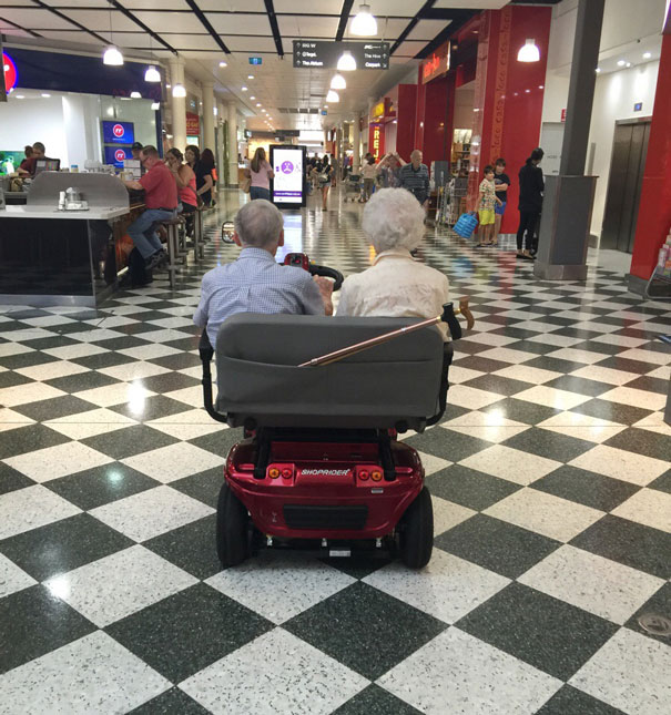 https://i1.wp.com/static.boredpanda.com/blog/wp-content/uploads/2015/05/old-couples-having-fun-21__605.jpg