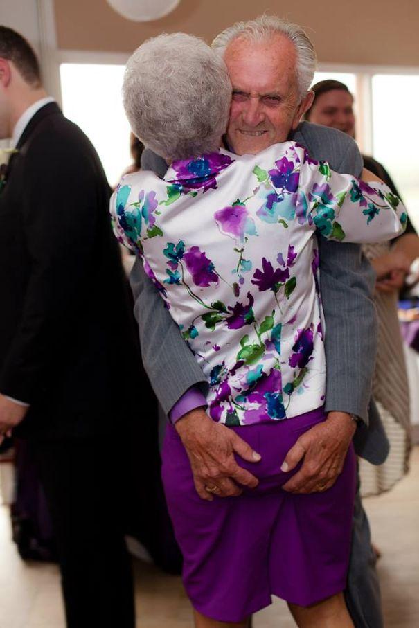 https://i1.wp.com/static.boredpanda.com/blog/wp-content/uploads/2015/05/old-couples-having-fun-2__605.jpg