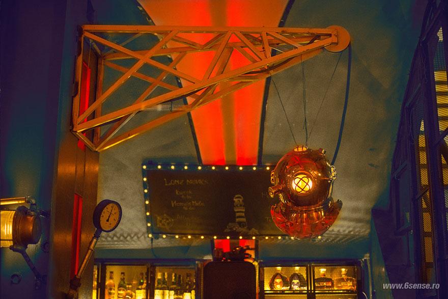 submarine-pub-steampunk-design-6th-sense interiors