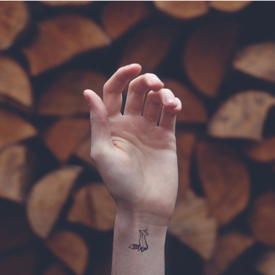 skin-art-wrist-background-tiny-tattoo-austin-tott-10
