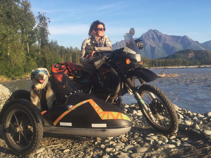 I Motorbiked 6000 Miles To Alaska With My Dog And Were
