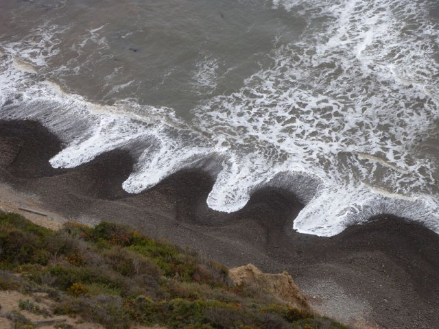 beach-cusps-sand-patterns-waves-2