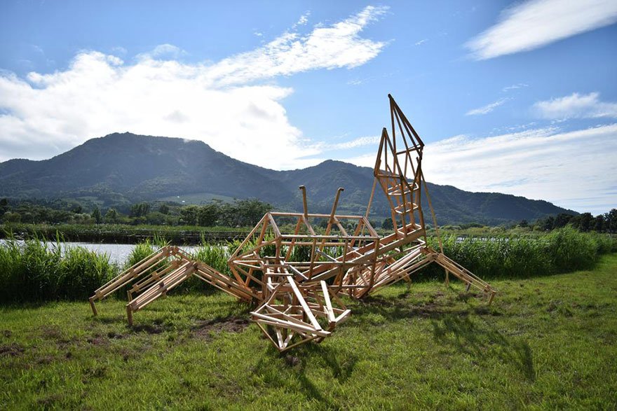 dinosaur-straw-sculptures-wara-art-festival-niigata-japan-9