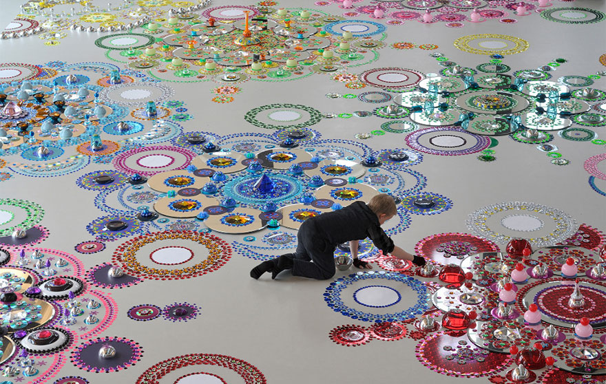 kaleidoscope-crystal-jewel-floor-art-suzan-drummen-1