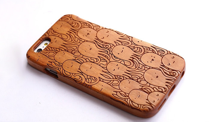Octopus Wood Iphone