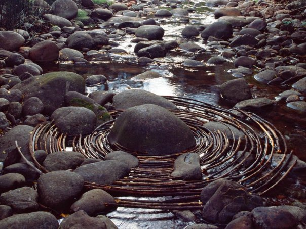 land-art-andy-goldsworthy-7