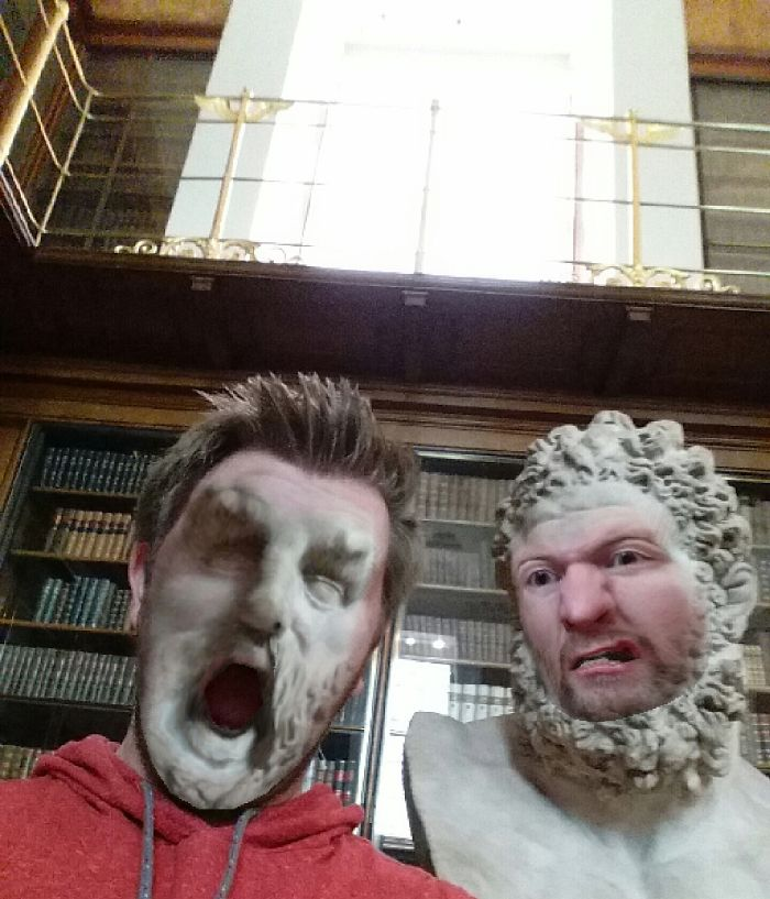 My Friend Went To The Museum And Tried Face Swap The