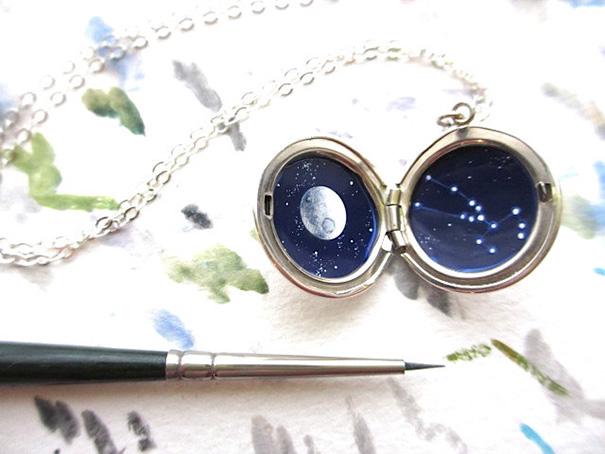 miniature-astromony-oil-painting-jewelry-rustic-lockets-khara-ledonne-13
