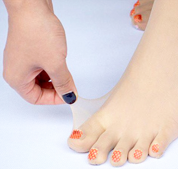 toe-nail-art-polish-stockings-japan-1