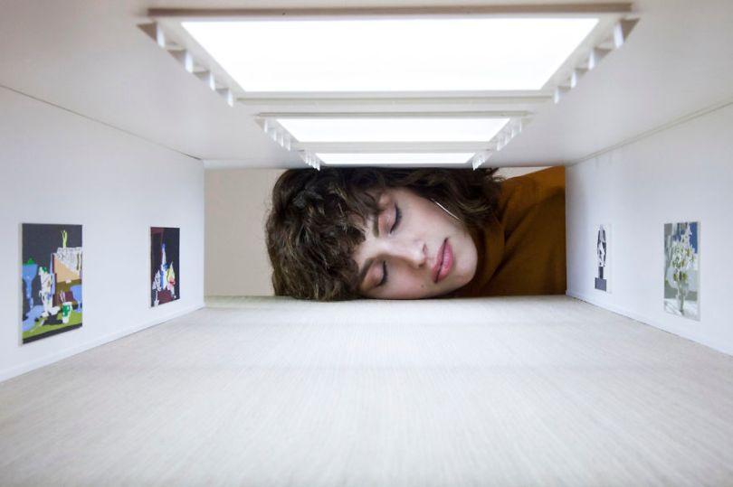 Put Your Head into Gallery 574887d566c2c  880 - Artista faz projeto interativo com galerias famosas