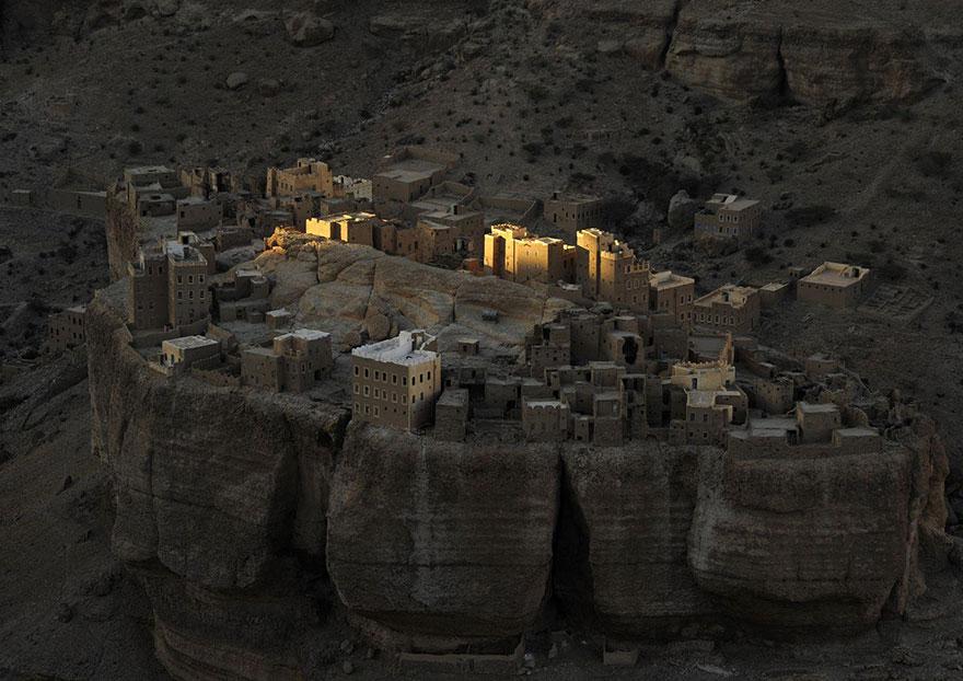 Yemeni Fortress, Wadi Dohan, Yemen