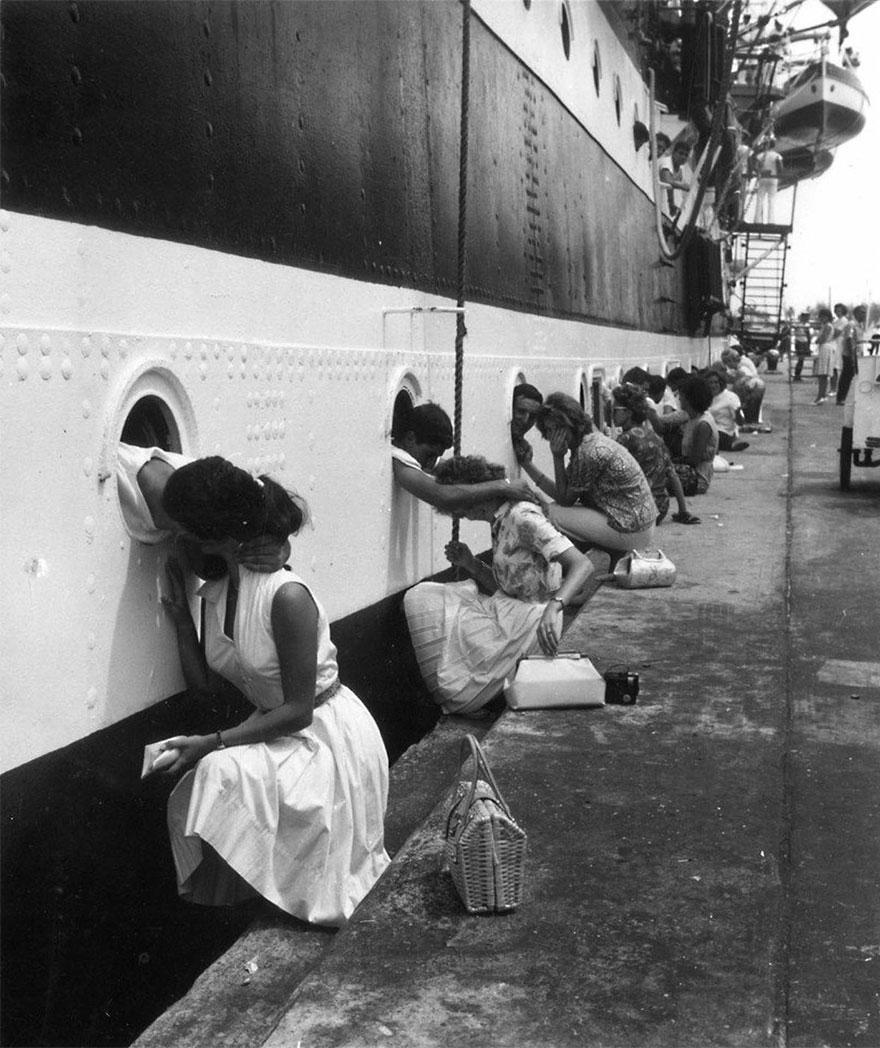 I soldati americani Come ultimo bacio sulla nave prima distribuzione Per l'Egitto 1963
