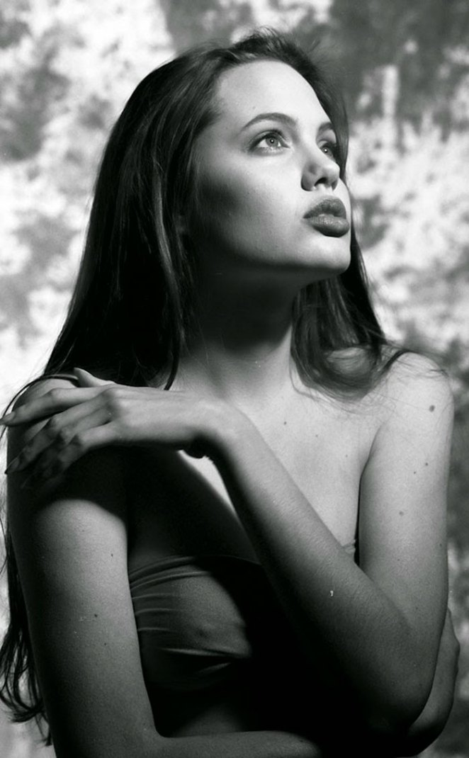 angelina-jolie-young-15-years-old-harry-langdon-26