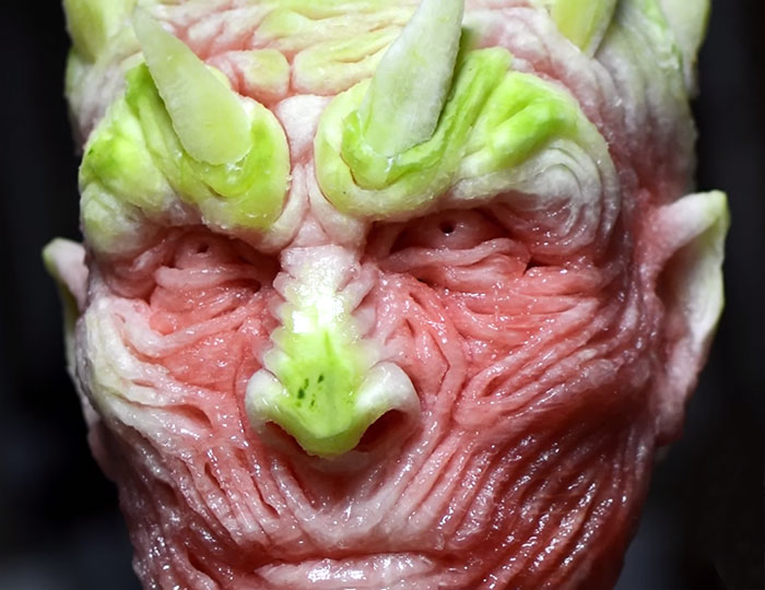 https://i1.wp.com/static.boredpanda.com/blog/wp-content/uploads/2016/06/game-of-thrones-watermelon-carving-night-king-white-walker-valeriano-fatica-8.jpg