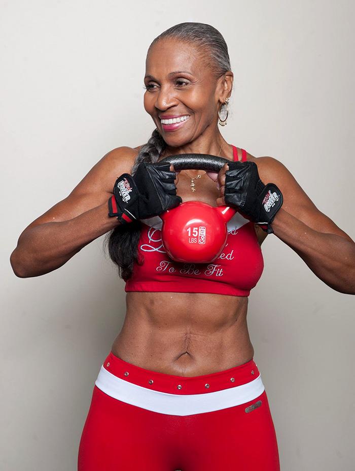 antico-femminile-bodybuilder-nonna-80-year-old-Ernestine-pastore-2