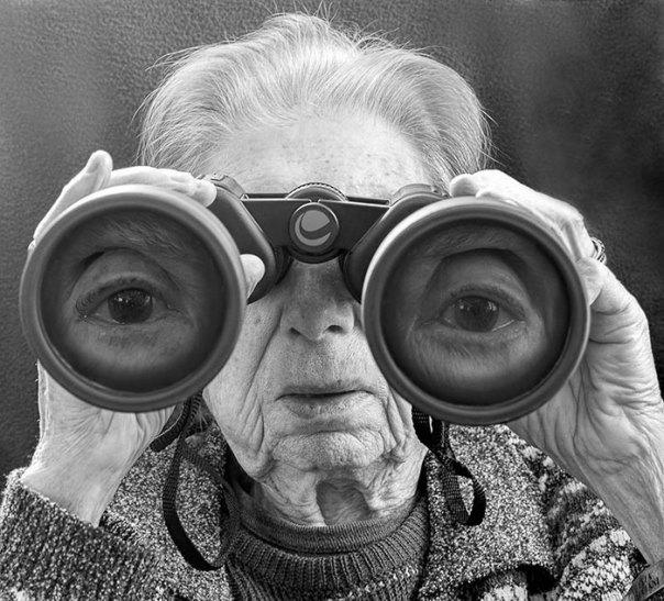De 91 años de edad de la madre de edad avanzada-women-extrañas-unos-tony-Luciani-3-lúdico-fotografía