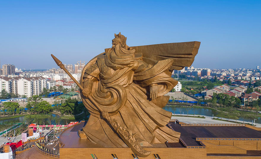 giant-war-god-statue-general-guan-yu-sculpture-china-2