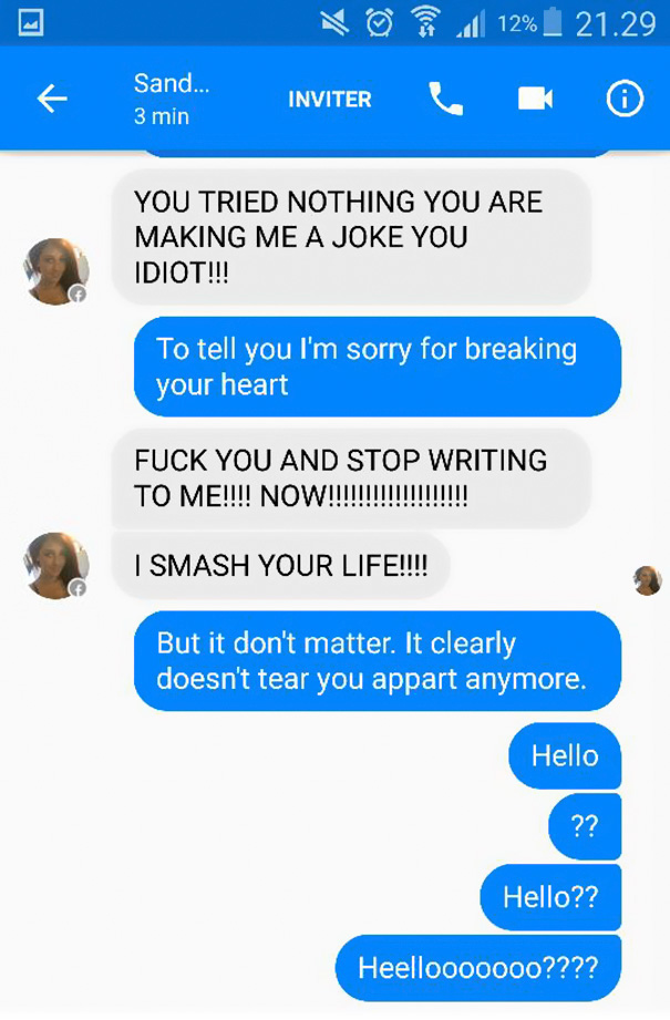 Guy Trolls Facebook Scammer With Adele Lyrics Until They