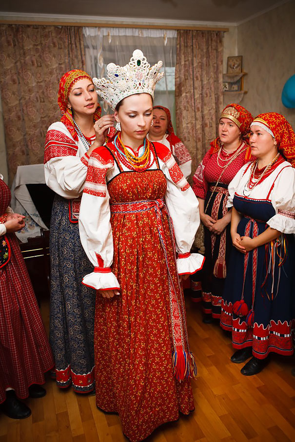 Traditional Wedding Costumes In Veliky Novgorod, Russia