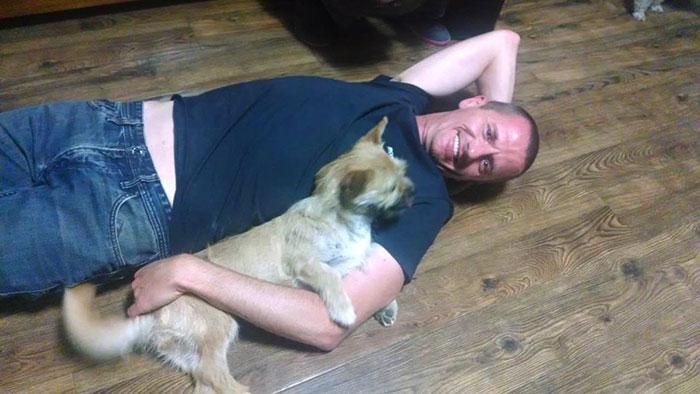 stray-dog-reunited-runner-gobi-dion-leonard-china-6