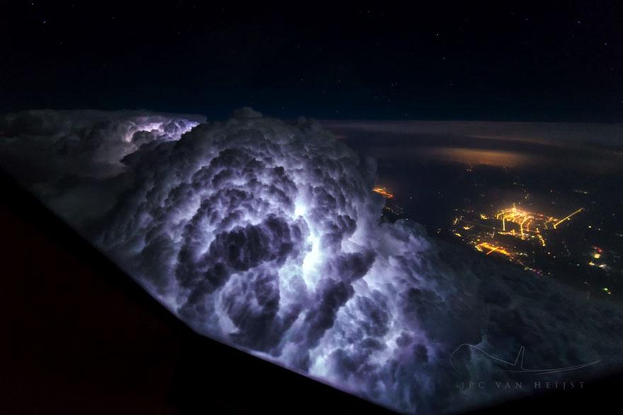 Καταιγίδες και ουρανός