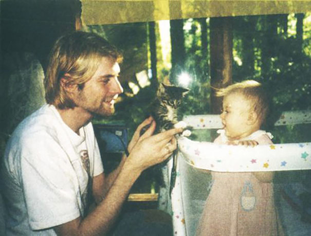 Kurt Cobain with his daughter