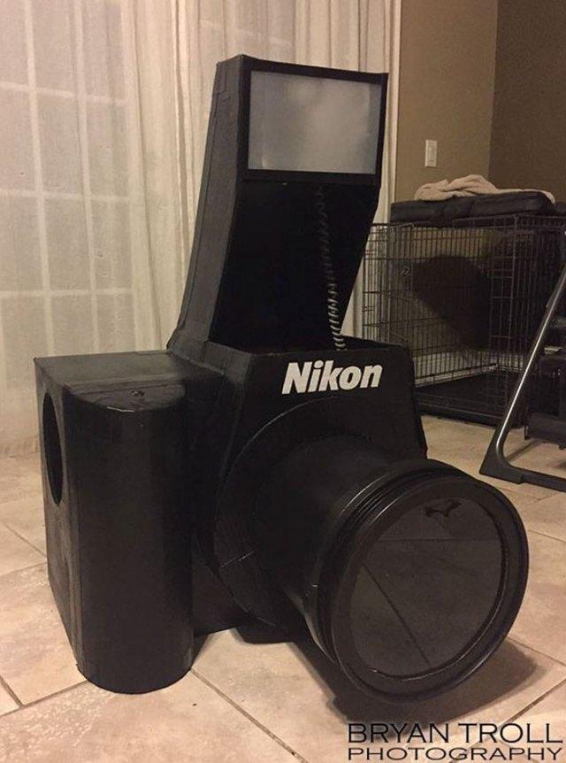 functional-nikon-camera-costume-bryan-troll-25