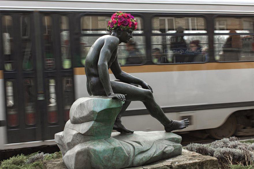 Çiçek kronları-sakal-anıtlar-geoffroy-mottart-brüksel-5