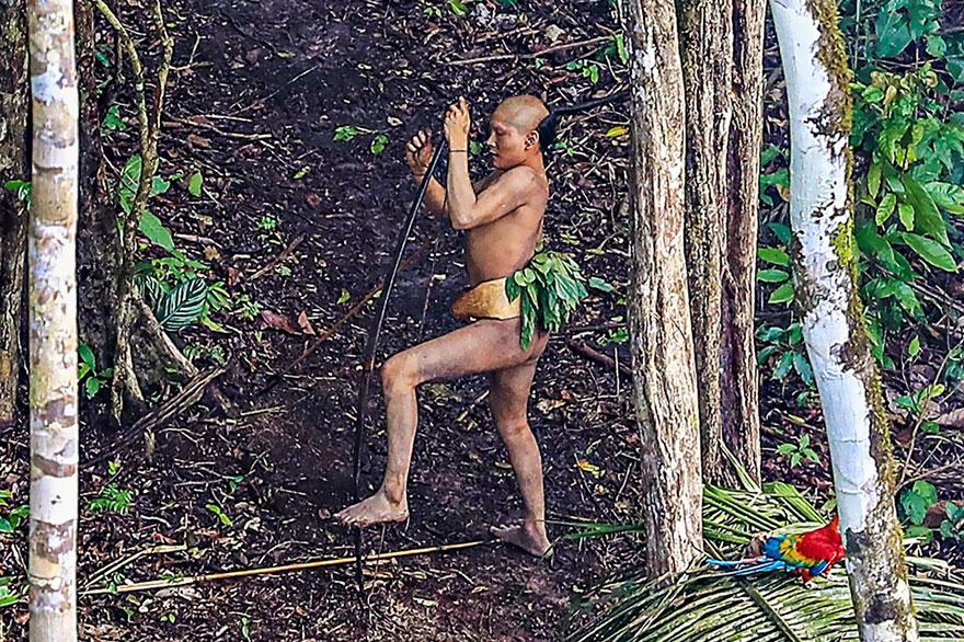 uncontacted-tribe-amazon-photography-ricardo-stuckert-8