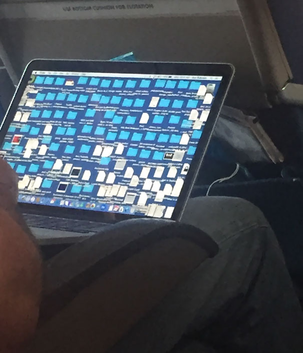 This Guys Laptop On My Flight