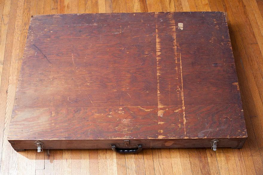Mystery-box-dumpster-ufo-conspiracy-ramtopan-11