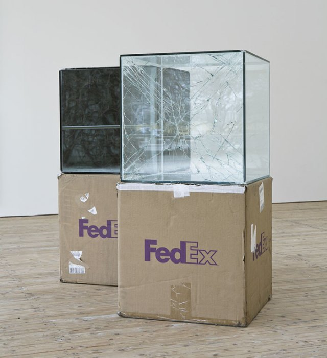 shattered-glass-sculptures-fedex-boxes-walead-beshty-4